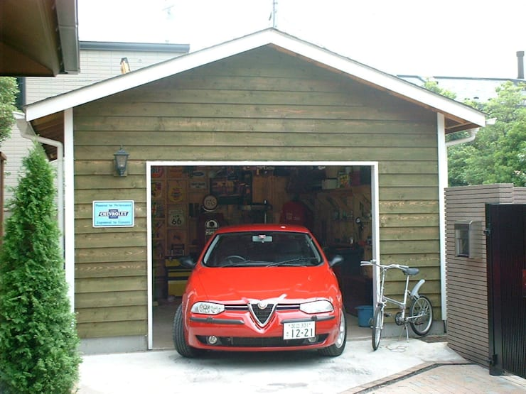 Garage & Schuppen von J-STYLE GARAGE Co.,Ltd., Landhaus