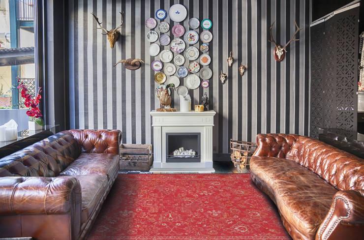 Roskilde Red Interior:  Muren & vloeren door louis de poortere