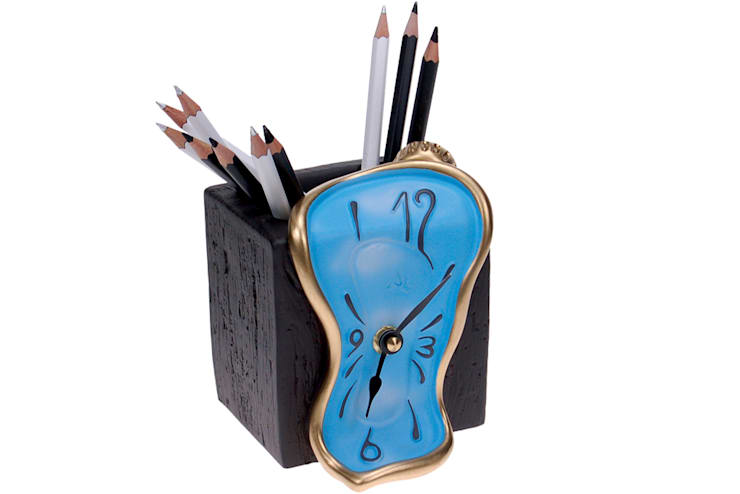 Vago Minds Ltd. – Saatli Kalemlik / Figueras Pen Holder:  tarz Çalışma Odası