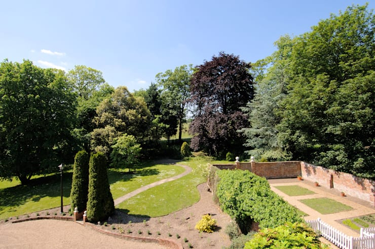 Jardins campestres por Lee Evans Partnership