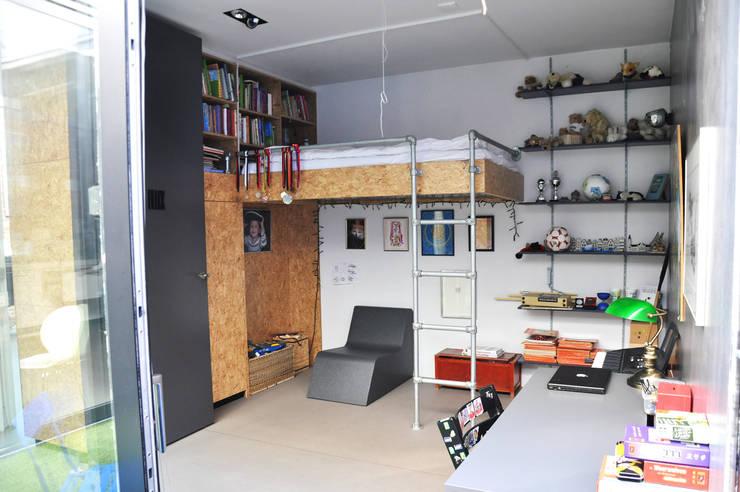 by Tijmen Ploeg Architecten