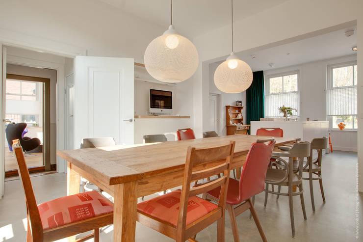 Salas de jantar modernas por op ten noort blijdenstein architecten