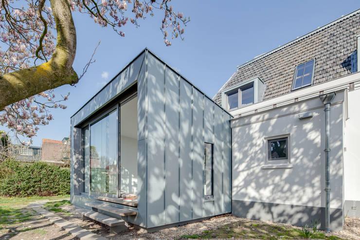 Jardins de inverno modernos por op ten noort blijdenstein architecten