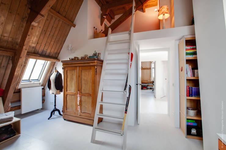 Restauratie en verbouw van voormalig Gemeentehuis Oudenrijn, De Meern:  Slaapkamer door op ten noort blijdenstein architecten