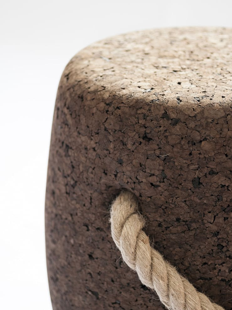 PIPO Stool or side table - Detail: Casa  por DAM