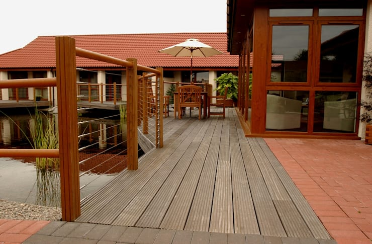 Garapa Decking from Russwood:  Garden by Russwood - Flooring - Cladding - Decking