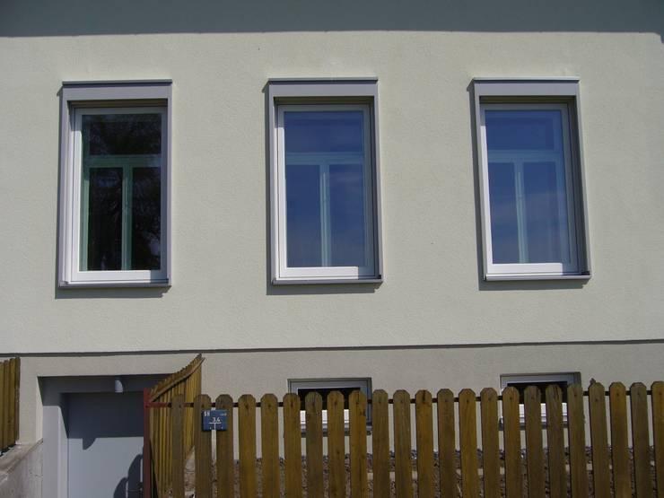 Neuer Altbau: landhausstil Häuser von Mader Marti Architektur ETH SIA