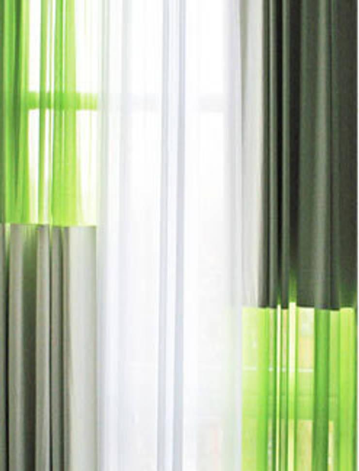 'Drie lagen gordijn' by Kimik Design:   door kimik design, Eclectisch