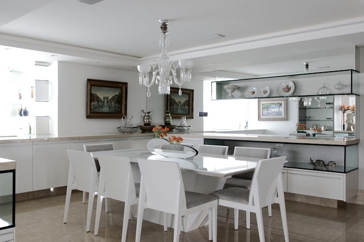 APARTAMENTO 300m2 – CASA FORTE- RECIFE-PE: Salas de jantar  por ROMERO DUARTE & ARQUITETOS