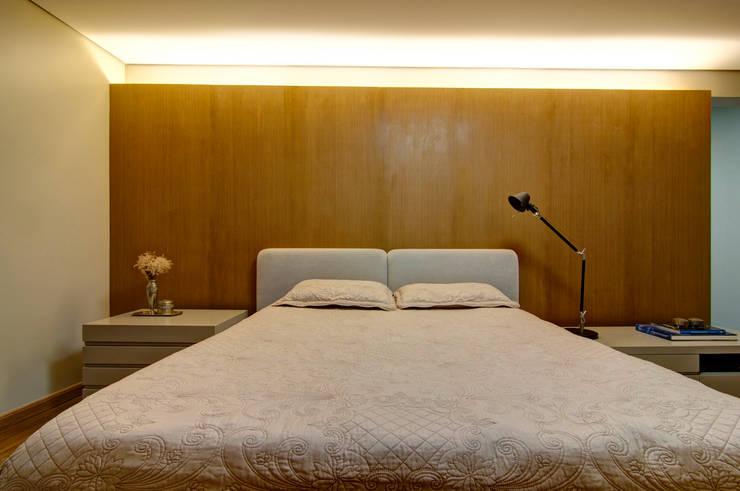 Residência VG: Quartos  por ÓBVIO: escritório de arquitetura