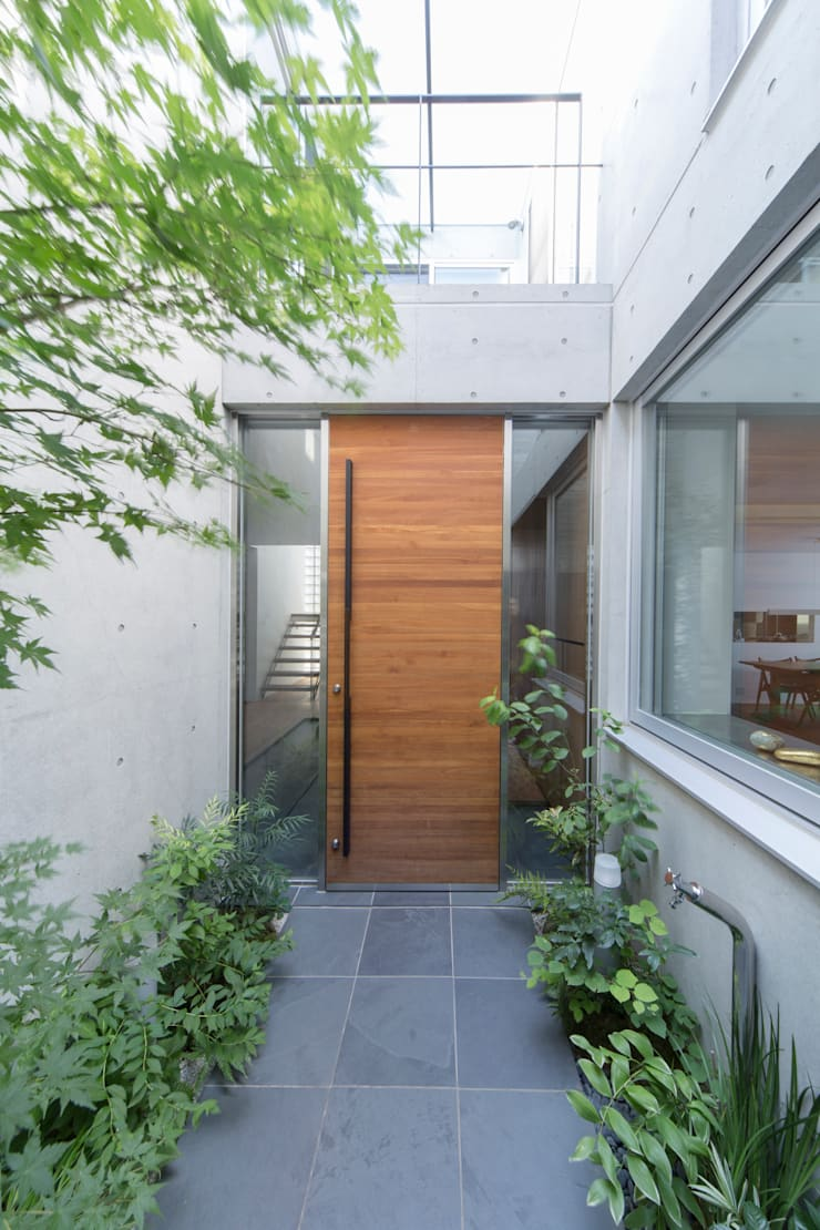.: 長村英紀建築計画室が手掛けた窓です。