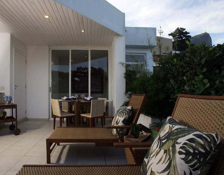 Cobertura Horto: Terraços  por Fernanda Leme Arquitetura e Design de Interiores