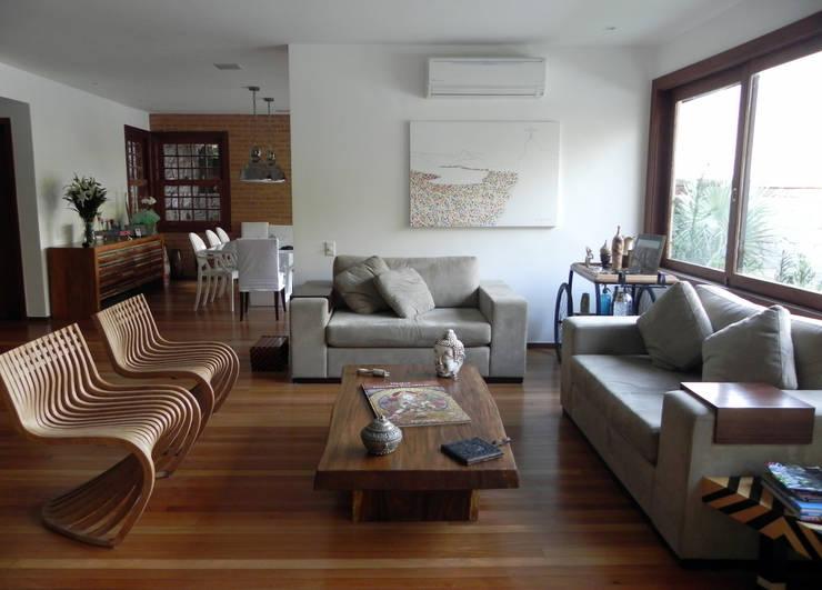 Lote 21 Arquitetura e Interiores:  tarz Oturma Odası