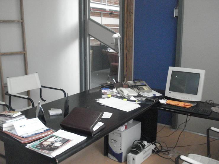 marquetin: Estudios y oficinas de estilo moderno por CRISTINA FORNO