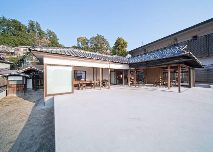 by 中本一哉建築設計事務所