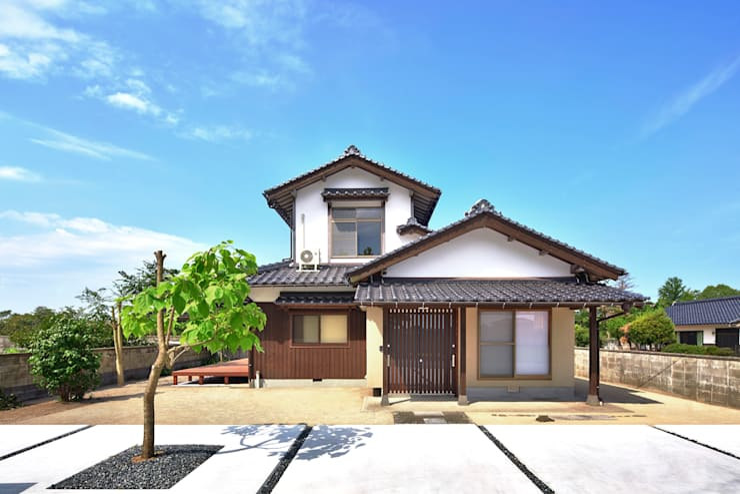 by 飯塚建築工房