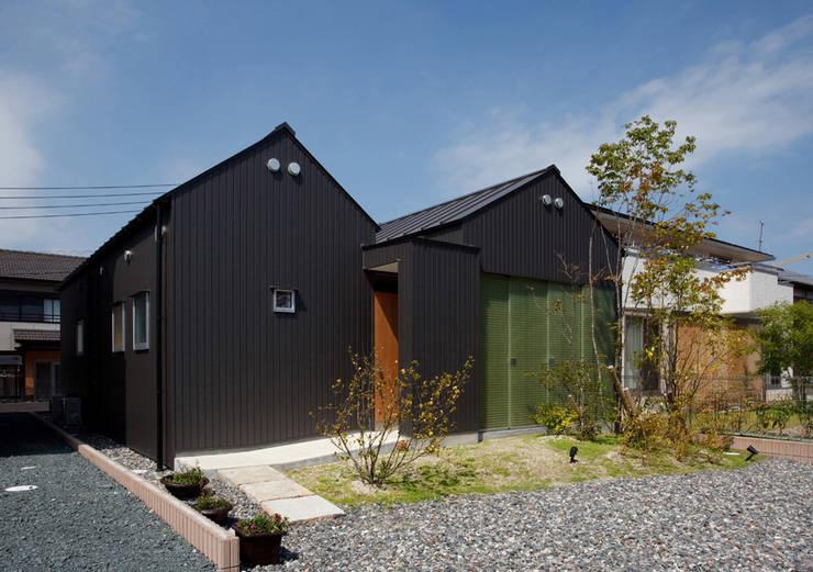 浜松の家: ㈲矢田義典建築設計事務所が手掛けた家です。