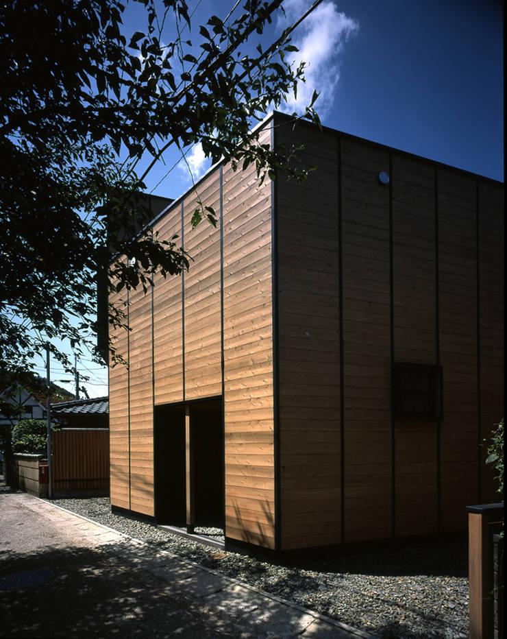 .: L.V.M. 計画 一級建築士事務所が手掛けた家です。