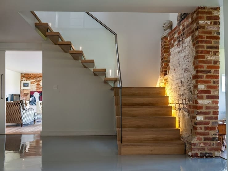 EeStairs® Zwevende Trappen: minimalistische Gang, hal & trappenhuis door EeStairs | Stairs and balustrades