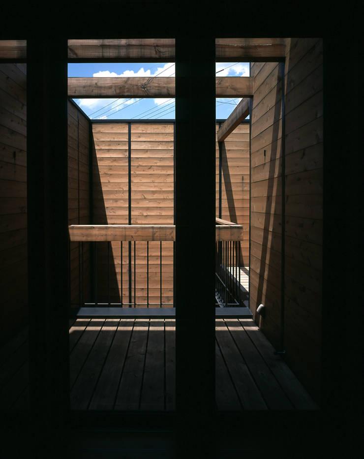 .: L.V.M. 計画 一級建築士事務所が手掛けたテラス・ベランダです。