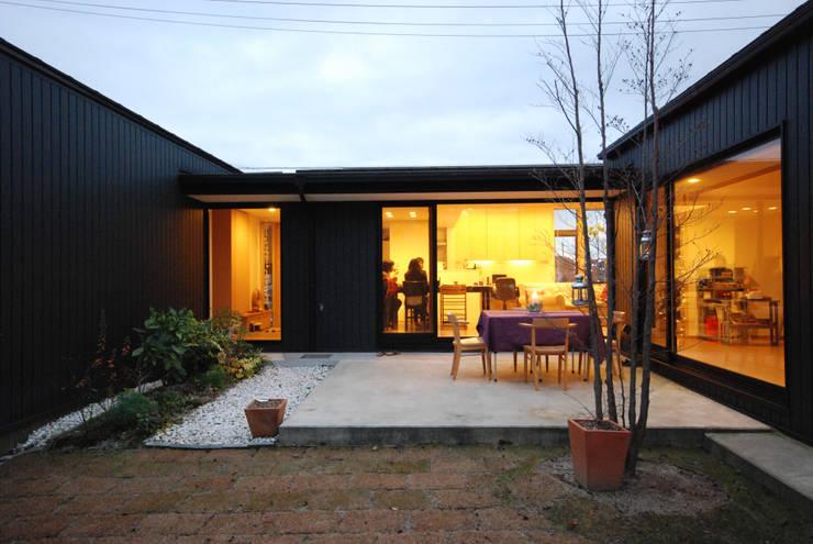 Jardines de estilo  por 一級建築士事務所A-SA工房, Moderno