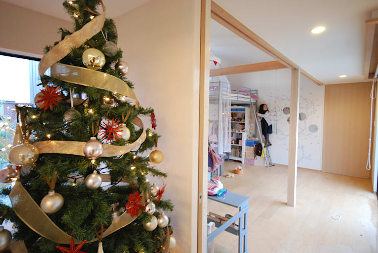 家族の成長に合わせ変化する子供部屋: 一級建築士事務所A-SA工房が手掛けた子供部屋です。