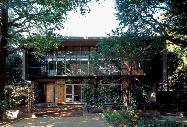 Casas modernas de HAN環境・建築設計事務所 Moderno