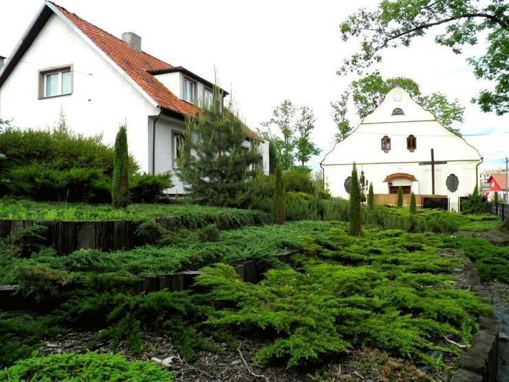 Tarasy ogrodowe: styl , w kategorii  zaprojektowany przez Garden Ekspert Studio Architektury Krajobrazu