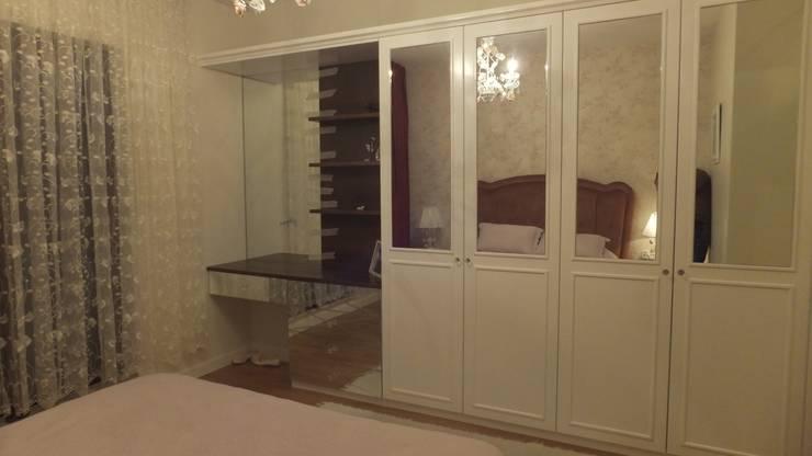 Ahşap Terzisi – SİNPAŞ İNCEKLİFE: klasik tarz tarz Yatak Odası