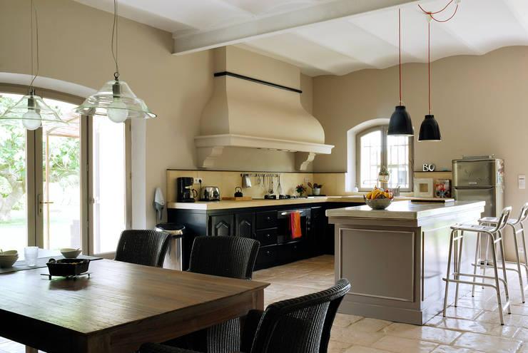 Mas en Provence: Cuisine de style  par STEPHANIE MESSAGER