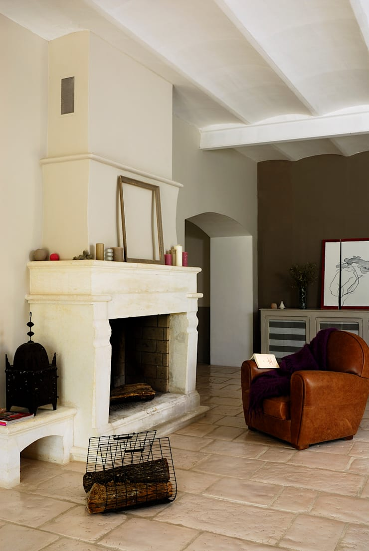 Salas / recibidores de estilo  por STEPHANIE MESSAGER, Rural