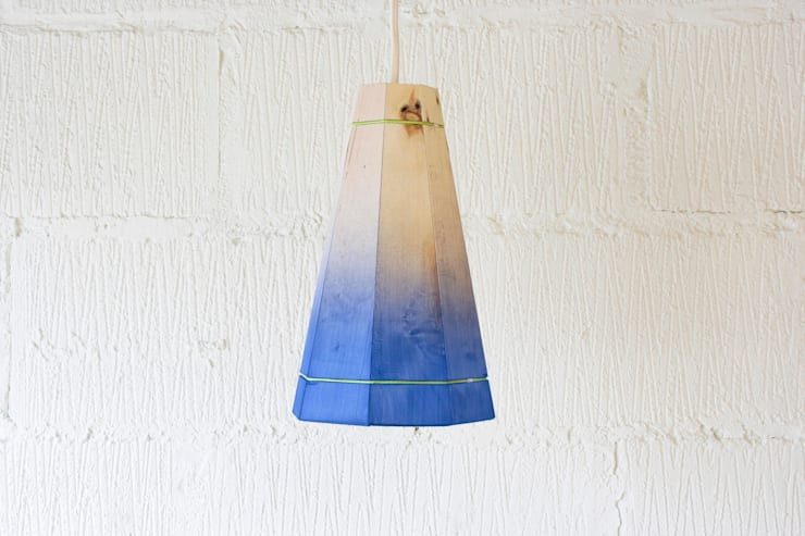 Pallet Pendant Shade:  Living room by Factory Twenty One
