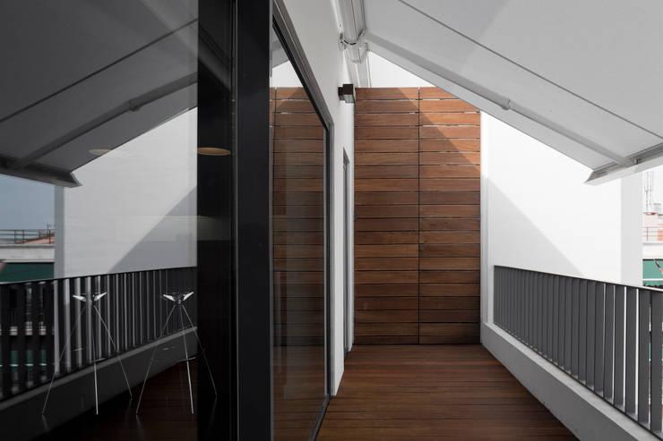 Terraços  por RRJ Arquitectos