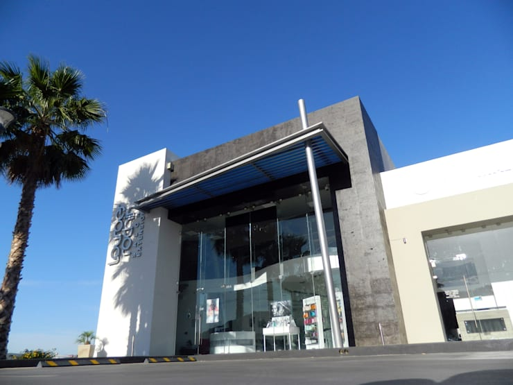 Vista de local ancla: Espacios comerciales de estilo  por Acrópolis Arquitectura