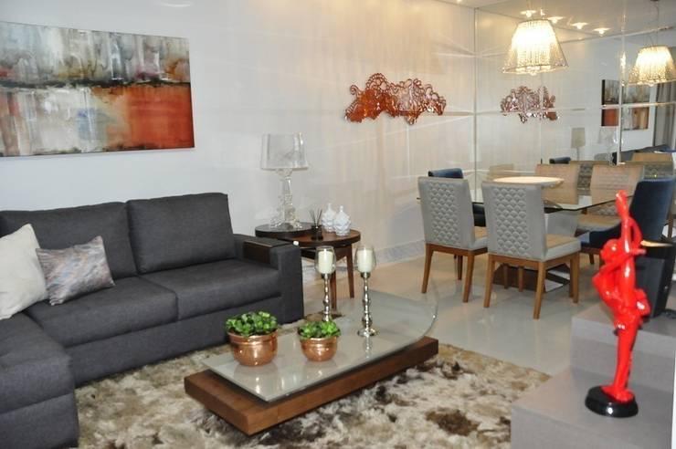 Apartamento Machacalis 2: Salas de jantar  por Lívia Bonfim Designer de Interiores