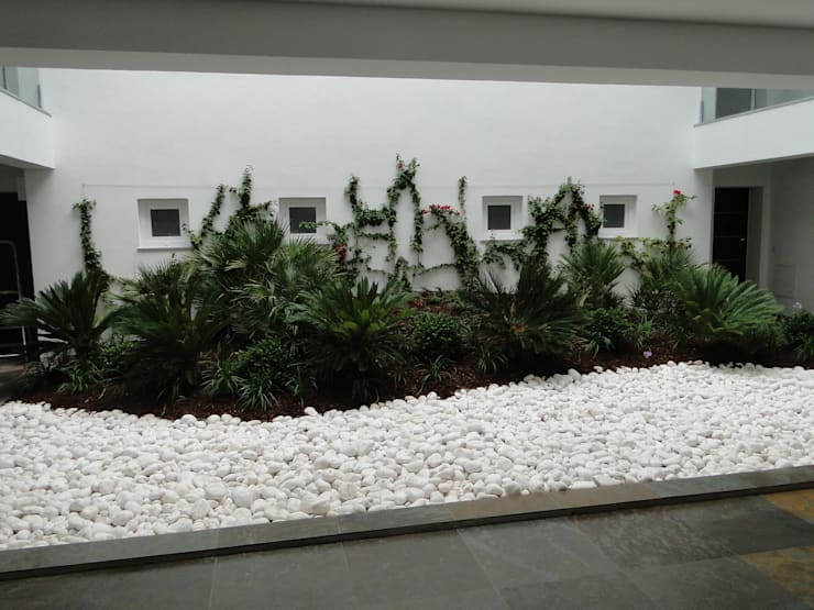 Habitação | Estoril | Cascais: Jardins de Inverno  por shfa