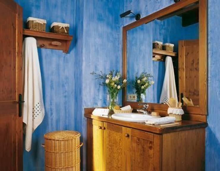 Aguada: Baños de estilo rústico de Barcelona Pintores.es