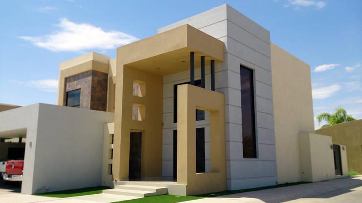 Vista Fachada principal y acceso: Casas de estilo  por Acrópolis Arquitectura