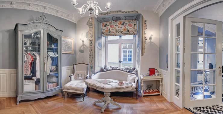 Mieszkanie w renesansowej kamienicy: styl , w kategorii Salon zaprojektowany przez MG Interior Studio Michał Głuszak