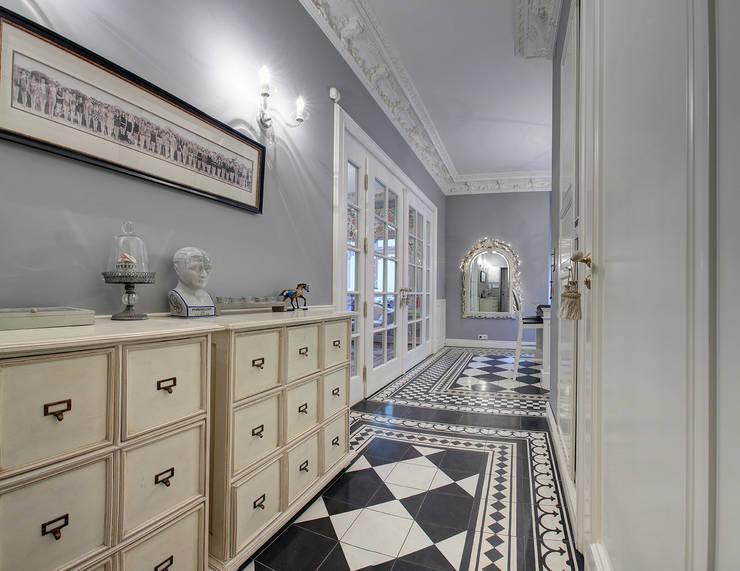 Mieszkanie w renesansowej kamienicy: styl , w kategorii Korytarz, przedpokój zaprojektowany przez MG Interior Studio Michał Głuszak