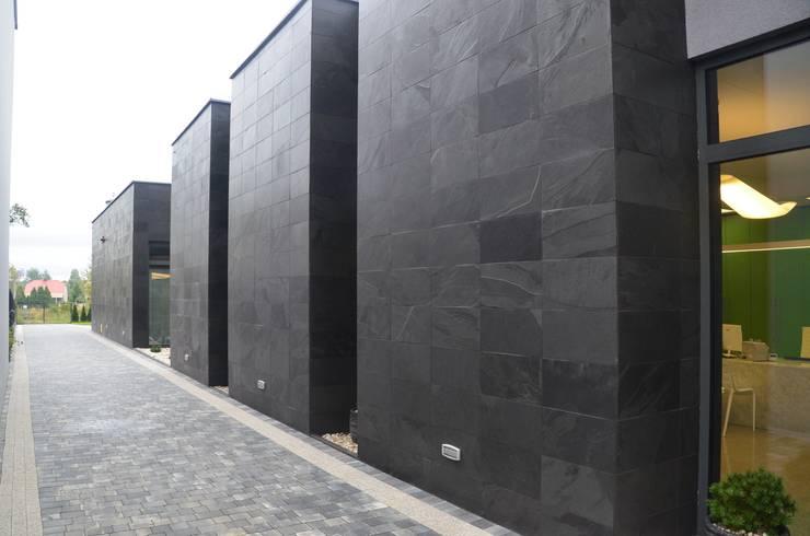 Międzypowiatowy Bank Spółdzielczy w Koziegłowach: styl , w kategorii Powierzchnie handlowe zaprojektowany przez MG Interior Studio Michał Głuszak,