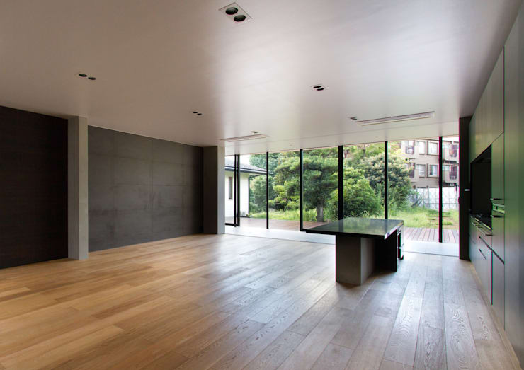 Salas de jantar modernas por ピコグラム建築設計事務所 Moderno