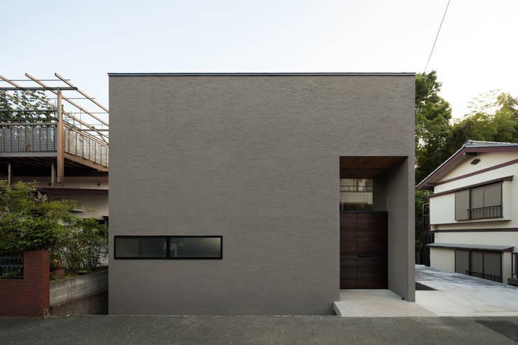 自然素材のいえ: ピコグラム建築設計事務所が手掛けた家です。