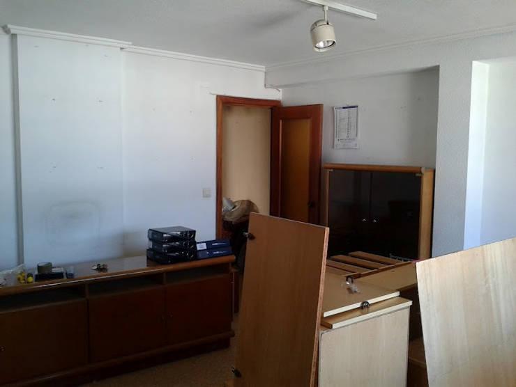 salon antes:  de estilo  de cota-zero, tenica y construcción integrada, s.l.