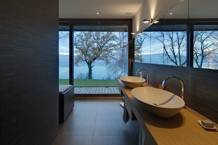 Projekty,  Łazienka zaprojektowane przez Hunkeler Partner Architekten AG