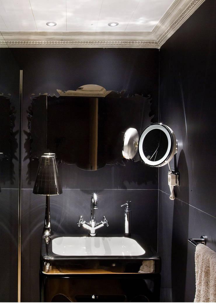 Banheiro  por DISEÑO Y ARQUITECTURA INTERIOR