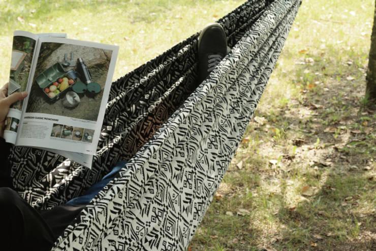 감성 에스닉 해먹: 캠핑플라의  정원