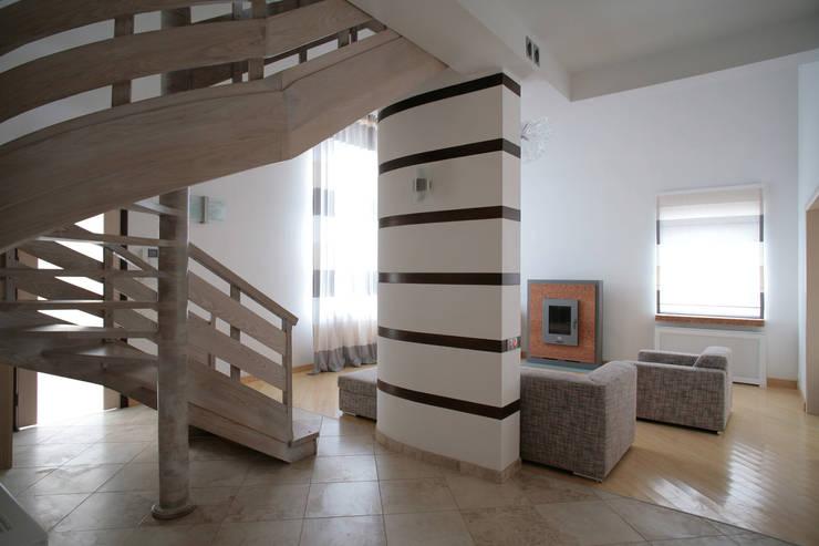 Вид на гостиную: Коридор и прихожая в . Автор – Inter-Decore