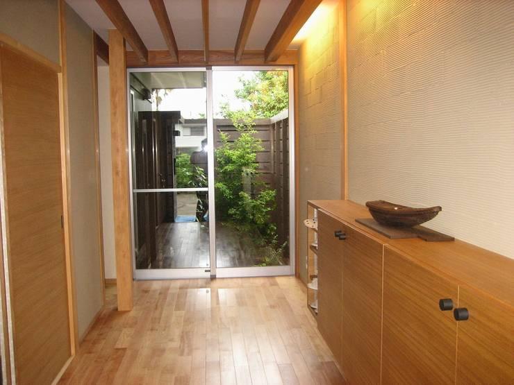 .: SA設計一級建築士事務所が手掛けた庭です。,モダン