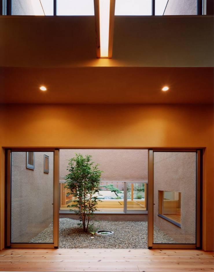 中庭: 建築工房なかしま一級建築士事務所(Nakasima-Architects-Workshop)が手掛けた庭です。